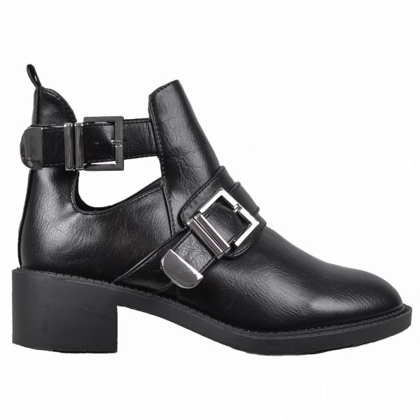 MUST BELTED BOOTS