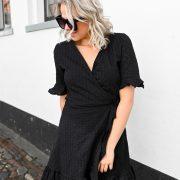 lena lace dress black